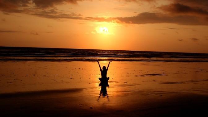 6 Benefits of Mindfulness Meditation in Midlife